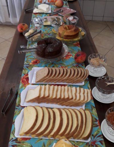 pousada-chale-estalagem-cafe-da-manha03